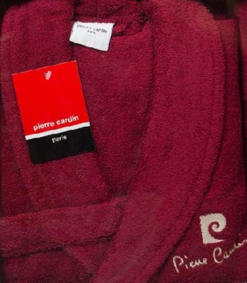 Подарочный набор халат и три полотенца Кардин