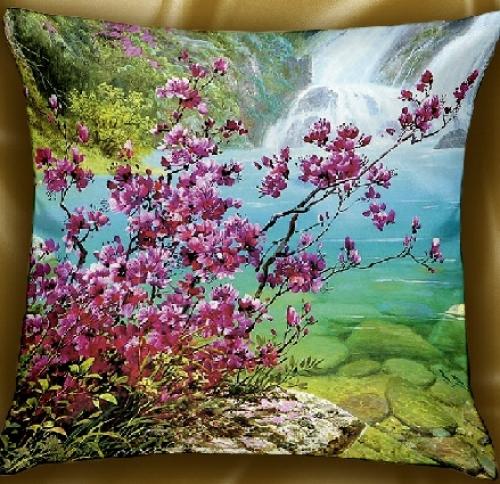 Стильная декоративная подушка Ветка сакуры