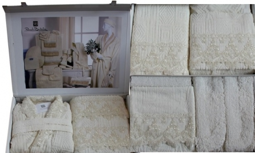 Два халата, полотенца, тапочки, аксессуары Номи  25
