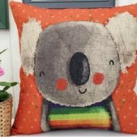 Декоративная наволочка с подушкой Оранжевый дружок