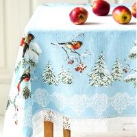 Дизайнерская новогодняя скатерть с кружевом Снегири